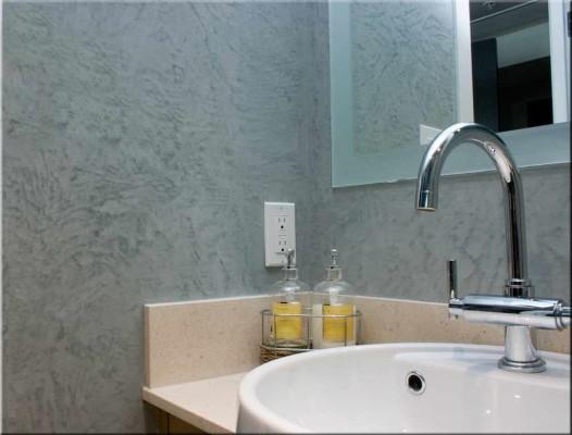 декоративная штукатурка в ванной комнате фото