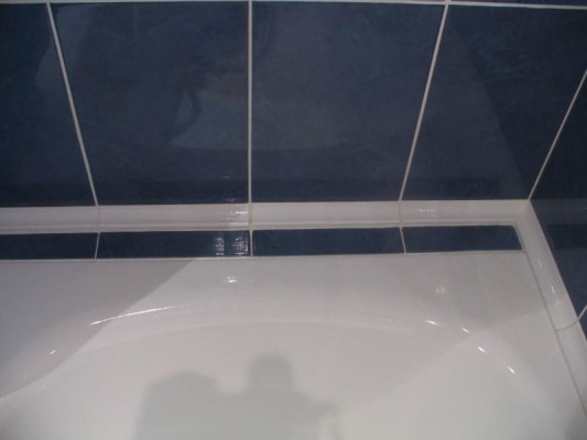 бордюр для ванной керамический