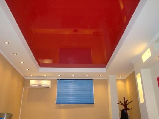 двухуровневые натяжные потолки для кухни фото
