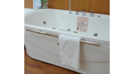 стальная ванна 150х70