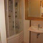 фото ванной с душевой кабиной