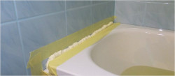 примыкание ванны к стене