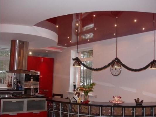 дизайн натяжных потолков в ванной комнате фото